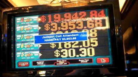 screen with progressive jackpots winnings